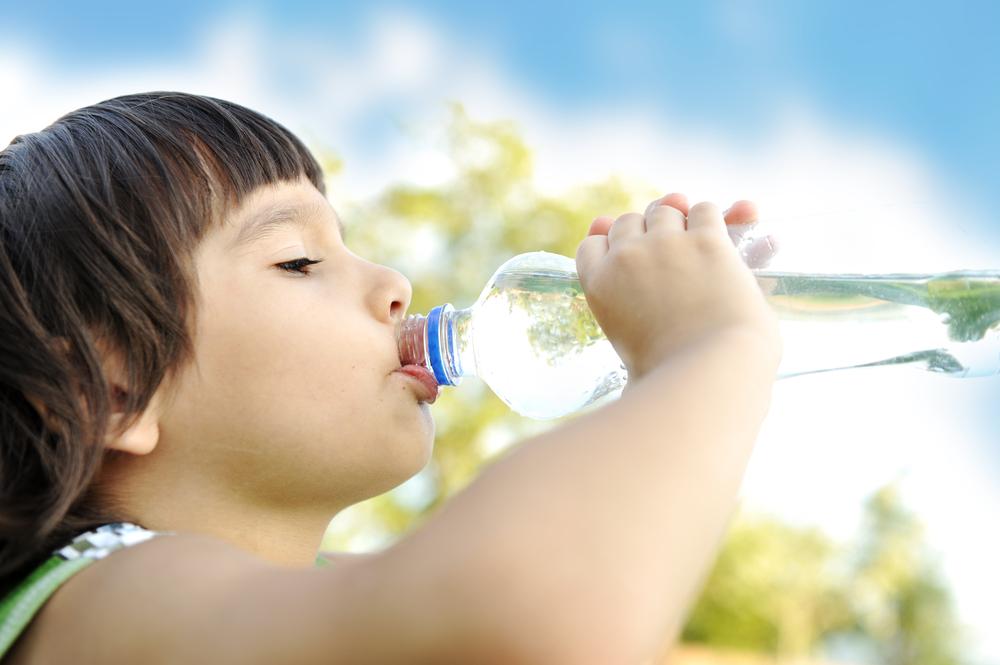 ūdens daudzums bērnam