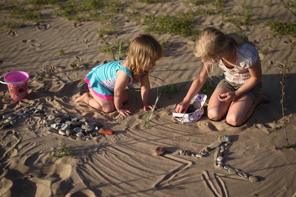 pludmales spēles